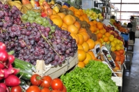 Hala de legume si fructe Targu Neamt